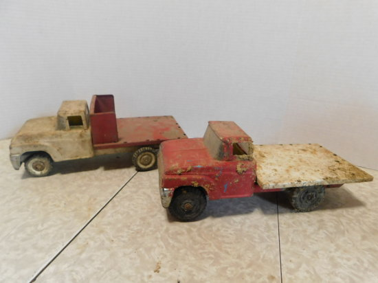 PAIR OF BUDDY L FLATBED TRUCKS