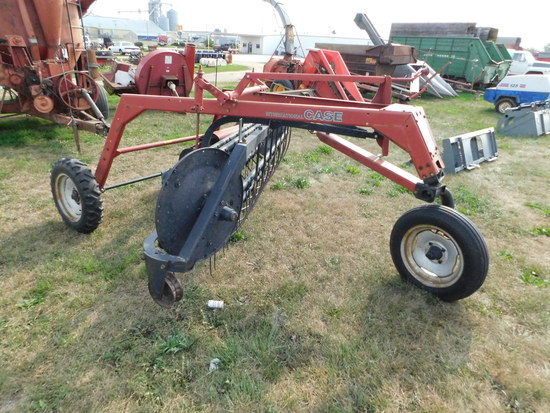 CASE IH #86 DOLLY WHEEL 5 BAR GROUND DRIVE HAY RAKE