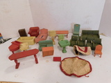 ASSORTED WOODEN DOLL HOUSE FURNITURE