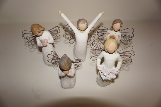 (5) WILLOW TREE ANGELS
