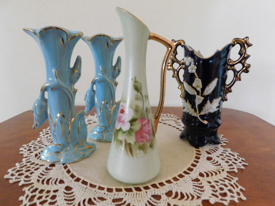 (4) SMALL FLOWER / BUD VASES
