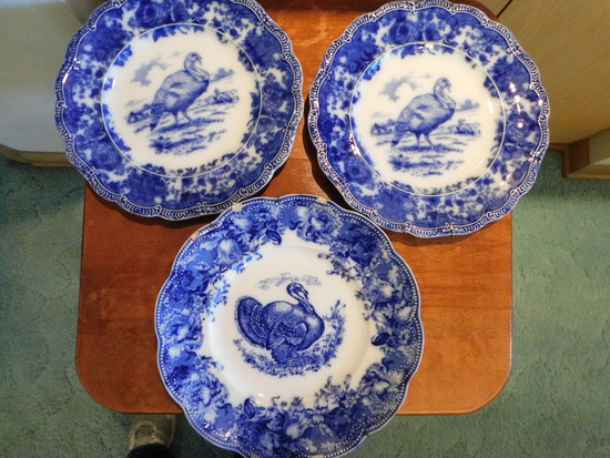 "(3) FLOW BLUE 10"" TURKEY PLATES"