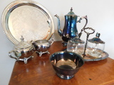 INTERNATIONAL SILVER TEA / COFFEE SET W/ EXTRA CREAM AND SUGAR