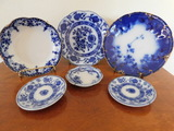 (5) ASSORTED FLOW BLUE PLATES, SAUCERS & BOWL