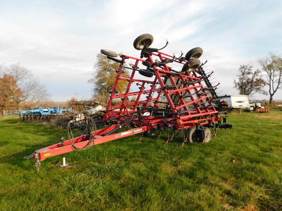 2013 Case IH Tigermate 200 32 ½ft Field Cultivator