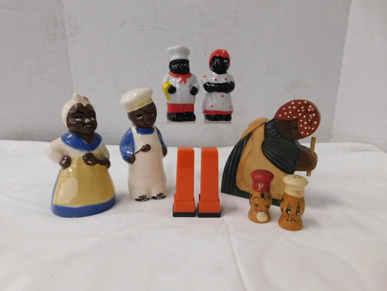 (2) SETS BLACK AMERICANA SALT & PEPPER SHAKERS