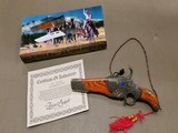 COLLECTOR PISTOL SHAPED 6