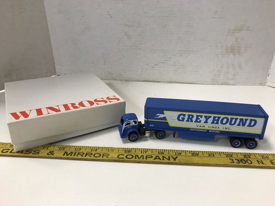 WINROSS 1/64 GREYHOUND VAN LINES MOVING SEMI & TRAILER