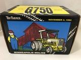 ERTL 1994 1/16 SCALE TOY FARMER MINNEAPOLIS MOLINE TRACTOR