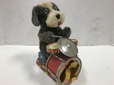VINTAGE ALPS TOYS BATTERY OPERATED DRUMMING DOG