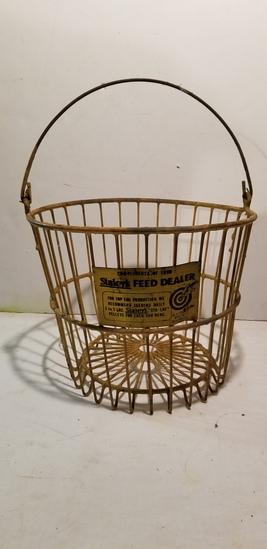 VINTAGE RUBBER COATED STALEY'S FEED DEALER EGG BASKET