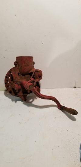 RED CHIEF TABLETOP CORN SHELLER