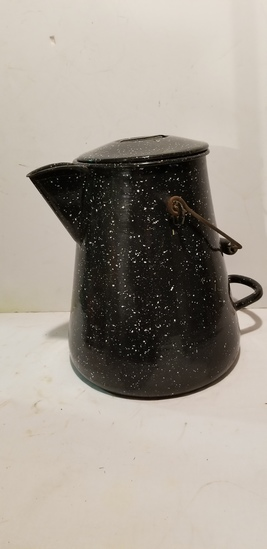 LARGE BLUE ENAMEL BAILED CAMP STOVE COFFEE POT