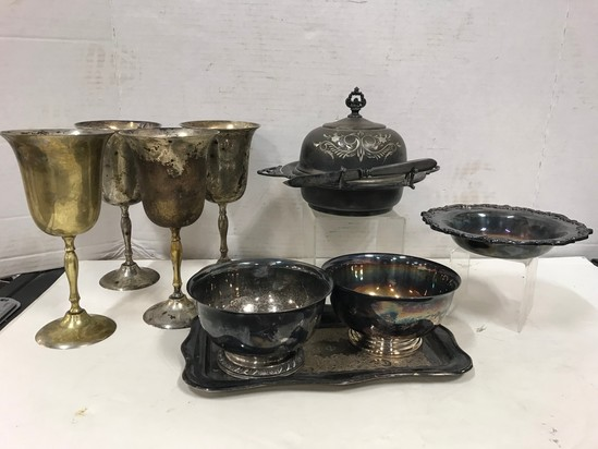 ASSORTED SILVERPLATE DISHES