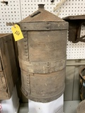 ANTIQUE BAILED KEROSENE CAN