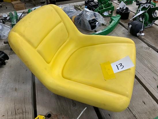 NEW JOHN DEERE LAWN MOWER SEAT