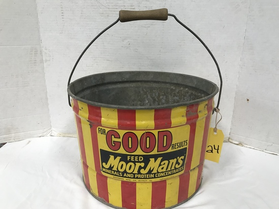 MOORMANS FEED BUCKET