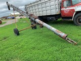 HUTCHINSON 8x28 AUGER W/ ELECTRIC MOTOR DRIVE (NO MOTOR)