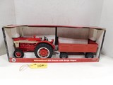 ERTL IH 660 DIE CAST TRACTOR WITH BARGE WAGON