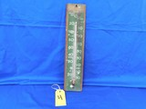 KENTUCKY DEW WHISKY WOOD THERMOMETER