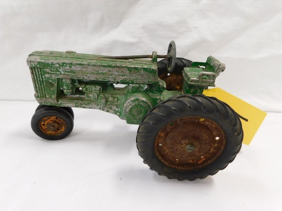 EARLY 1/16TH JOHN DEERE TRACTOR