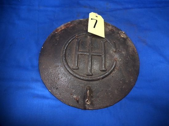 INTERNATIONAL HARVESTER CAST IRON PLANTER LID