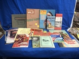 FLAT OF VARIOUS PAPER COLLECTIBLES & BROCHURES
