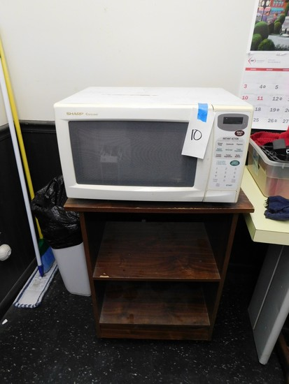 SHARP CAROUSEL WHITE MICROWAVE OVEN W/ CART