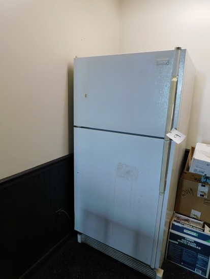WHITE MAYTAG PLUS REFRIGERATOR / FREEZER