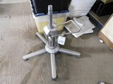 HYDRAULIC SALON CHAIR BASE W/ 5 LEGS