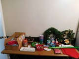 LG. LOT OF CHRISTMAS DECORATIONS