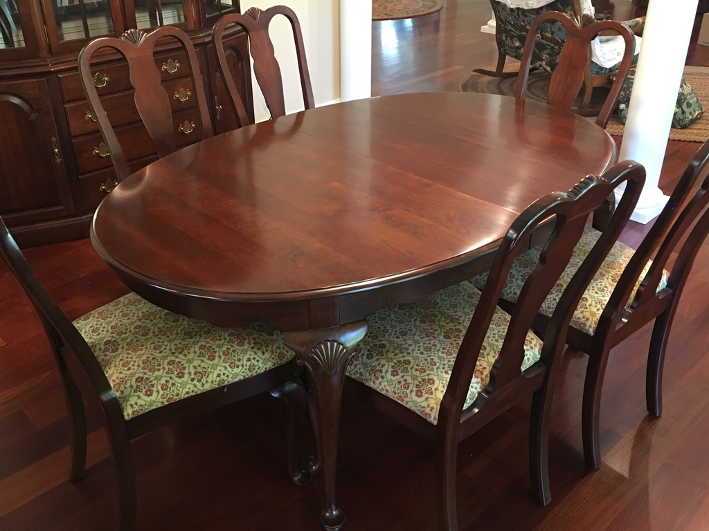 Tell City Solid Cherry Dining Room Table 3 Leaves 6 Matching Chairs Estate Personal Property Furniture Dining Sets Online Auctions Proxibid
