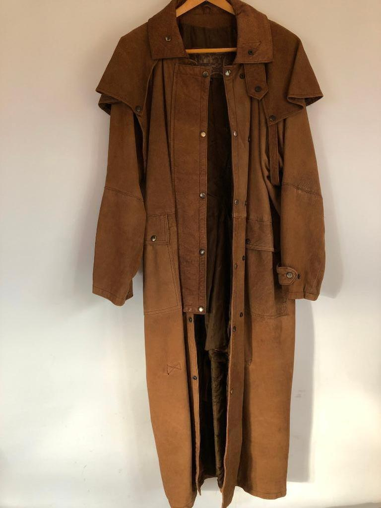 Trustee Auction 4 of Vintage and Western Clothing!