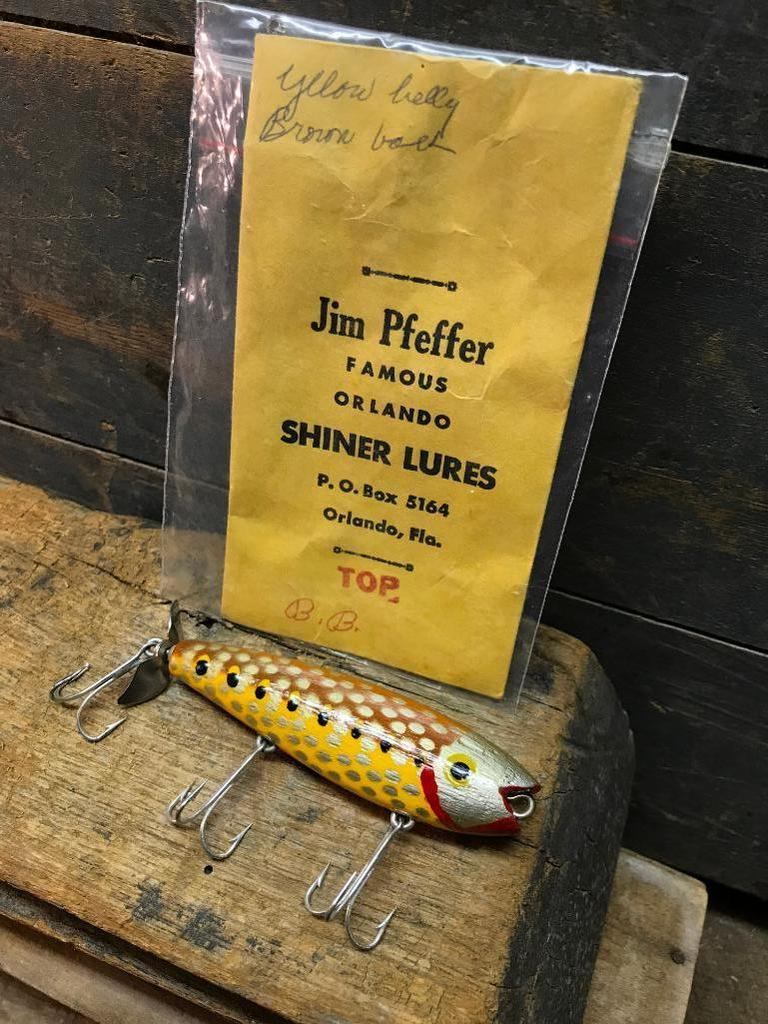 Online Only Trustee Auction, Fishing Collectibles
