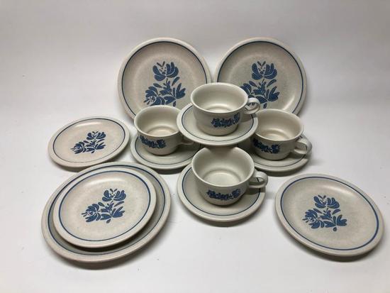 (14) Pcs. Pfaltzgraff Dinnerware