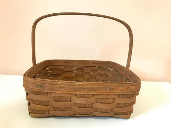Longaberger Handled Basket, 12 Inches Square
