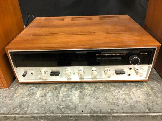 Sansui Stereo Tuner Amplifier/Solid State 5000A