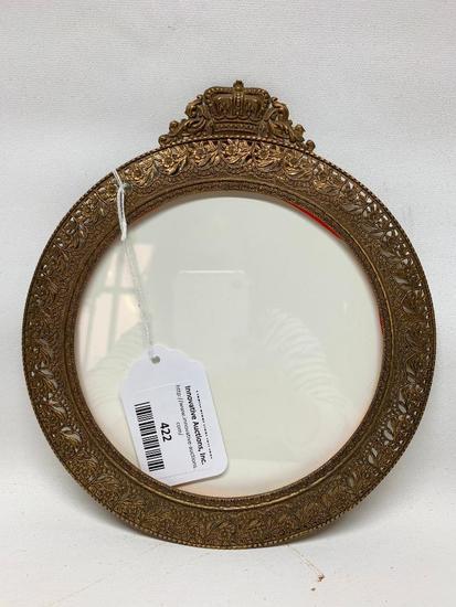 Round Metal Picture Frame W/Crown Crest