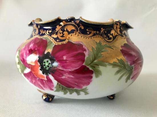 Vintage Porcelain Footed Bowl W/Hand Painted Floral Decoration