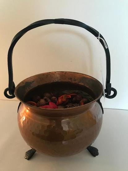 Hammered Copper Pot W/Iron Handle & Feet