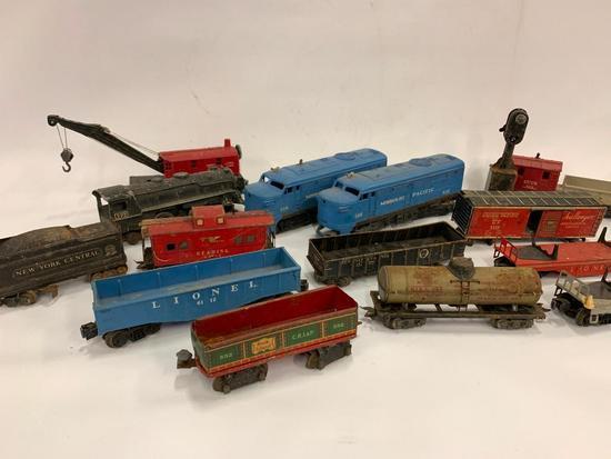 Lionel Engines & Train Cars