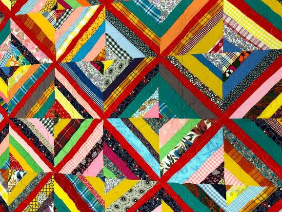 Free Form Traditional Design Pieced Patchwork Quilt.