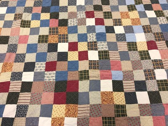 Traditional Design Block Patchwork Quilt.