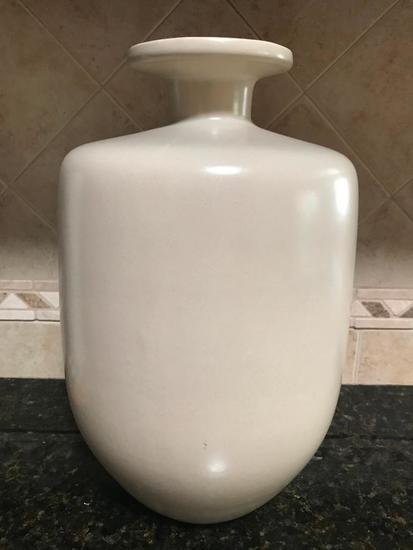 Pottery Decorator Vase