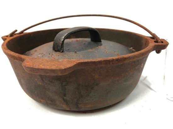 Wagners 1891 Cast Iron 2 Qt. Bean Pot