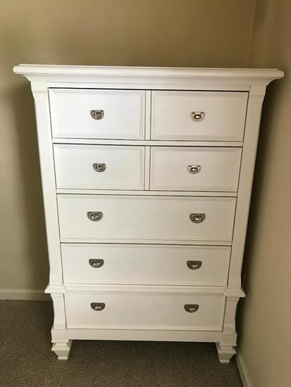 Wooden 5-Drawer Chest In White