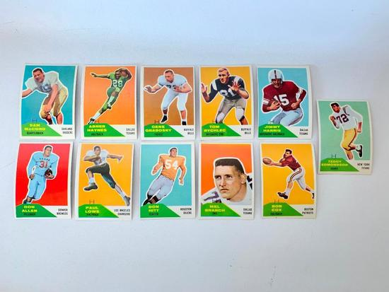 (10) 1960 Fleer Football Cards