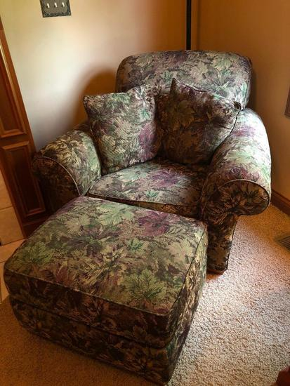 Flexsteel Upholstered Chair W/Matching Ottoman & Arm Covers