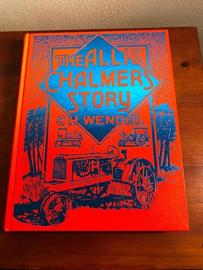 """Tractor Book """"The Allis Chalmers Story"""" 1988"""