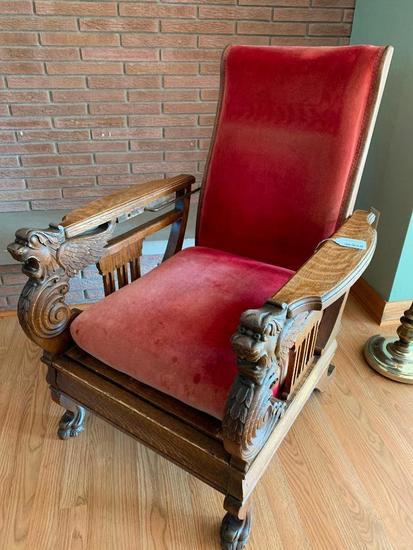 Antique Oak Morris Chair W/Winged Griffins & Claw Feet